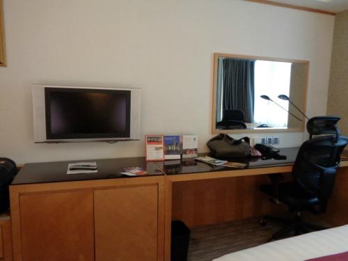 Holiday Inn Macau Desk