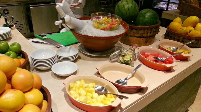 Hyatt City of Dreams Buffet Review Fruits