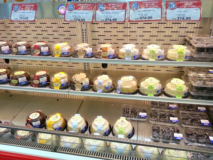 SnR Cakes Less P100