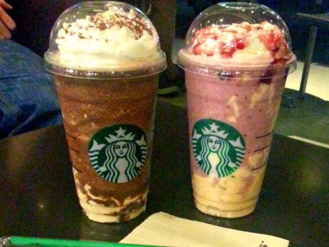 Starbucks New Flavors Summer Berry Panna Cotta Dark Mocha Panna Cotta Review