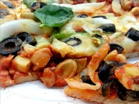 SnR Vegetarian Pizza Sliced
