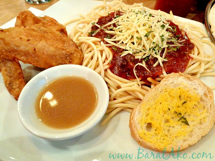Pins and Bricks Chicken and Spaghetti Combo
