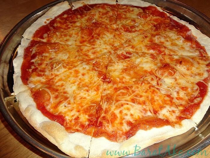 Pins and Bricks Garlic and Cheese Pizza