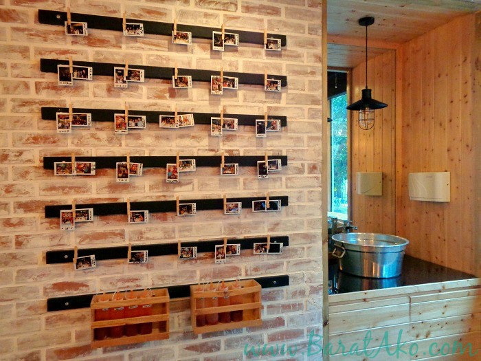 Pins and Bricks Review Picture Wall Sink