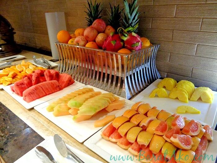Manila Hotel Cafe Ilang Ilang Buffet Dessert Fruits