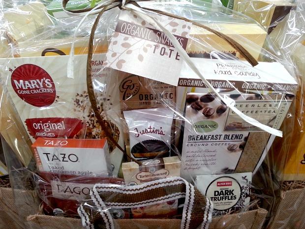 SnR Nuvali Christmas Basket Tote Organic Close Up