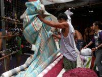 Ylaya Street Divisoria Buying Cloth 3