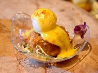 knorr-salted-egg-crabcake-with-salted-egg-hollandaise-quail-egg