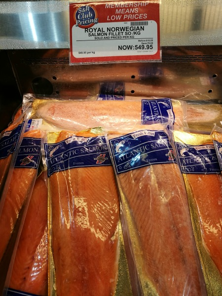 SnR Members Treat Salmon