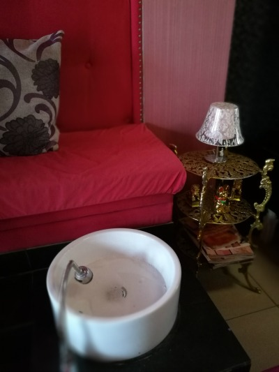 The Pink Grove Foot Spa Sinks