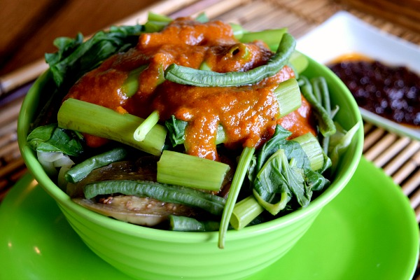 gabes-home-grown-dishes-kare-kare