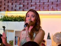 book-and-borders-eastwood-grand-opening-karylle