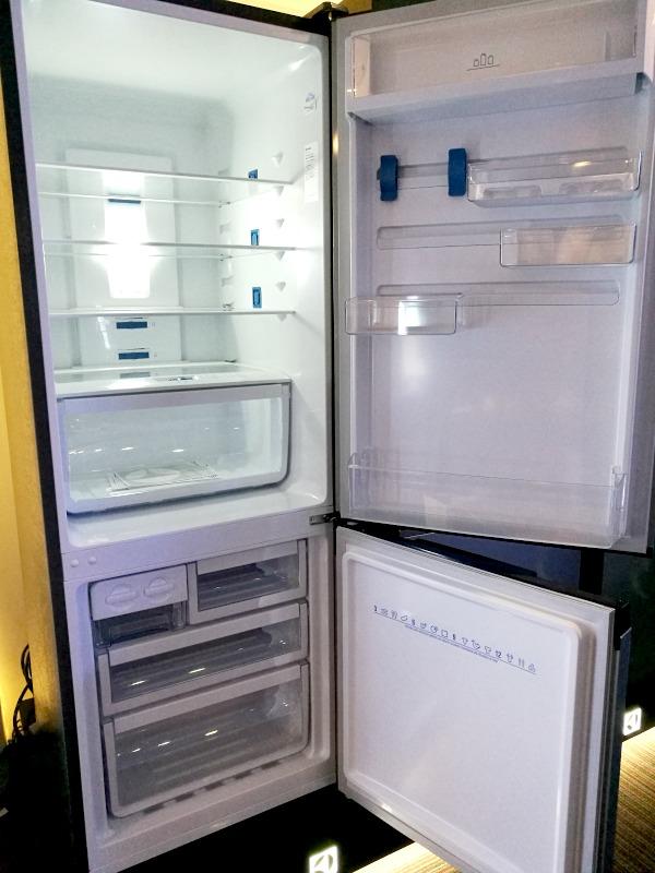 Electrolux Nutrifresh Inverter Refrigerators Inside