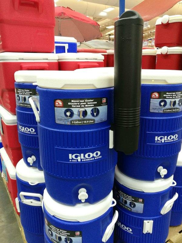 S&R Members Treat 2017 Igloo Water Jug