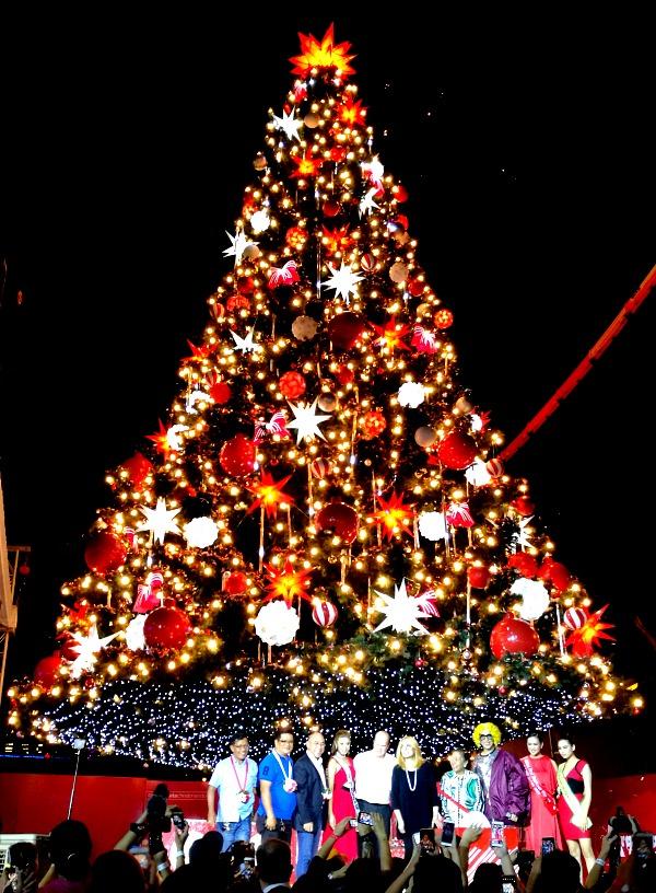 Araneta Tree Lighting 2017
