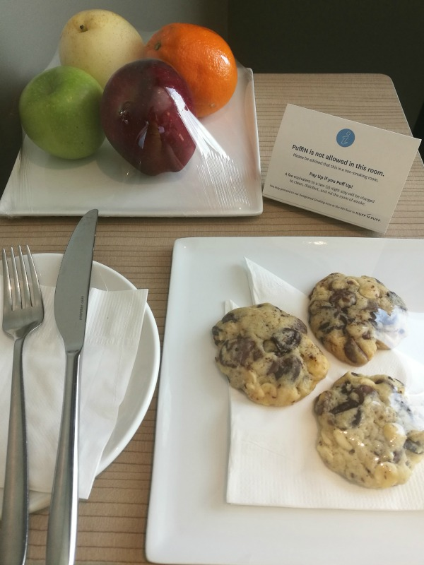 Novotel Staycation 2018 Welcome Cookies Fruit