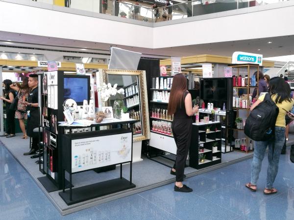 SM Mall of Asia Watsons Hair Goals Booths