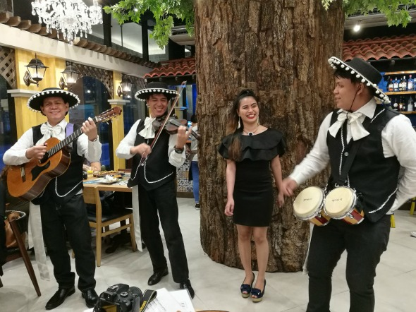 Yuca Venice Grand Canal Mall Mariachi Band