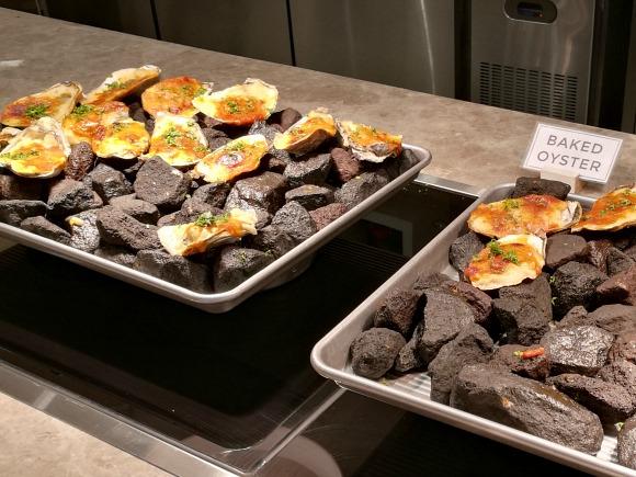 Niu Vikings Podium Baked Oysters