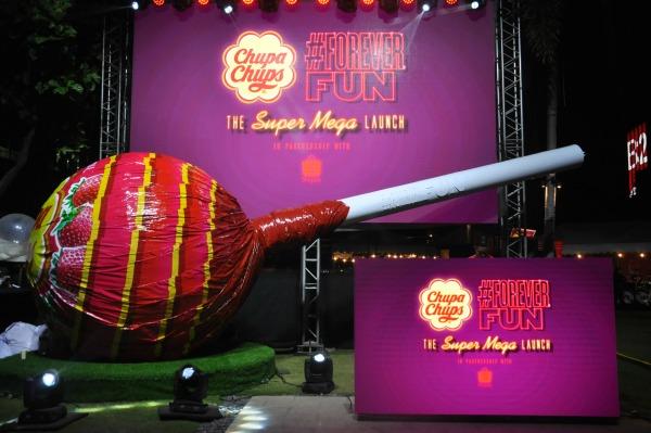 Chupa Chups Super Mega Lolly Installation at Bonifacio High Street Minipod B